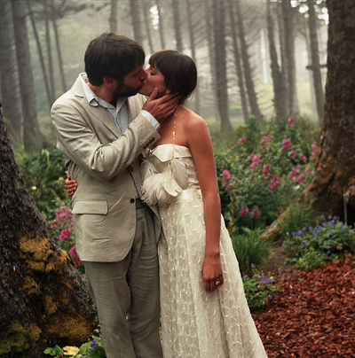 Cannon Beach Weddings on Love This Ultra Simple Wedding Held At Cannon Beach  Isn T Her