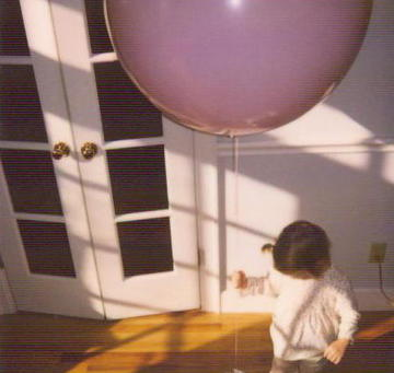 Millie_and_balloon_2