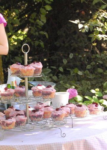 Cupcake_stand_2